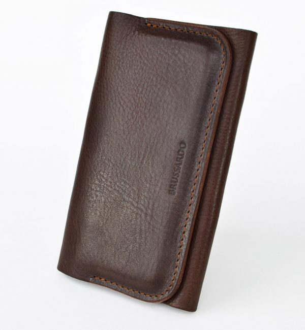 Threefold functional wallet case made for perfect fit of iPhone XS. We are using genuine full grain Italian leather, which is proven to be the most admired.